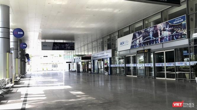 Nhà ga nội địa Sân bay quốc tế Đà Nẵng trong ngày đầu cho phép vận tải hành khách trở lại (ảnh chụp sáng ngày 7/9)