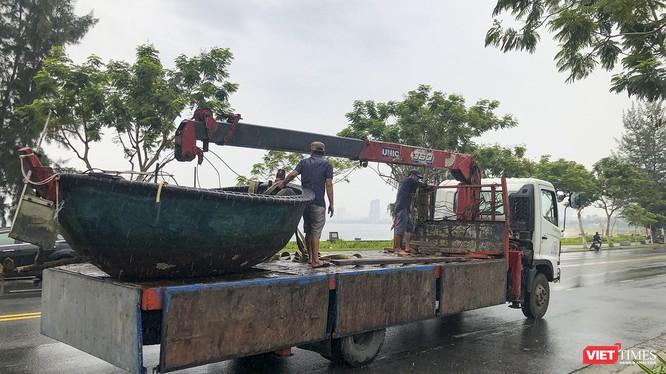 Đà Nẵng sơ tán tàu thuyền tránh bão số 5