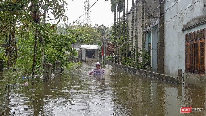 Các xã thuộc huyện Hòa Vang (TP Đà Nẵng) bị ngập nặng sau cơn mưa kéo dài suốt tuần qua