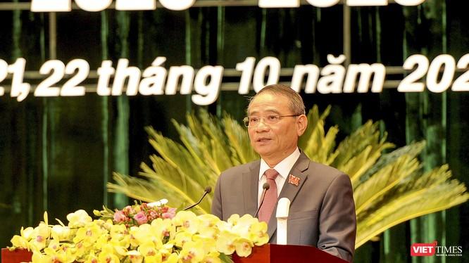 Ông Trương Quang Nghĩa – Uỷ viên Trung ương Đảng, Bí thư Thành uỷ Đà Nẵng khoá XXI phát biểu tại Đại hội đại biểu Đảng bộ TP Đà Nẵng lần thứ XXII, nhiệm kỳ 2020-2025