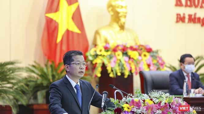 Ông Nguyễn Văn Quảng - Bí thư Thành ủy Đà Nẵng phát biểu tại kỳ họp thứ 16, HĐND TP Đà Nẵng khóa IX, nhiệm kỳ 2016-2021.
