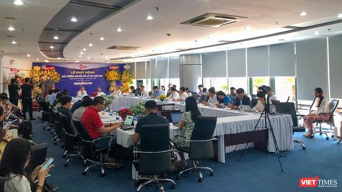 Quang cảnh Lễ phát động Giải thưởng Chuyển đổi số Việt Nam năm 2021 tại Đà Nẵng