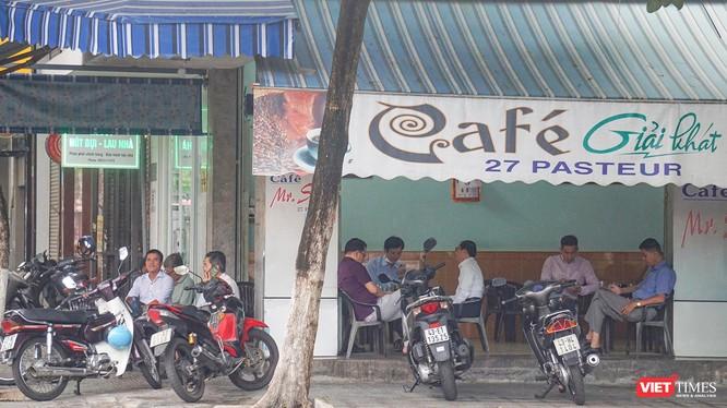 Từ 0h ngày 16/10, dịch vụ ăn uống ở Đà Nẵng sẽ được mở phục vụ tại chỗ trở lại