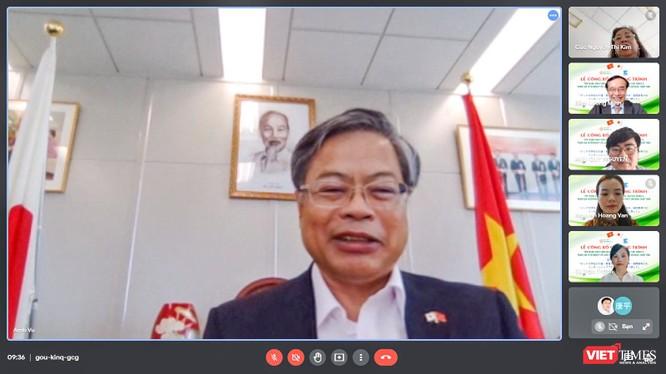 Ông Vũ Bình - Tổng lãnh sự Việt Nam tại Fukuoka tại buổi công bố chương trình tiếp nhận sinh viên Đà Nẵng sang Nhật để thực tập internship và làm việc tại TP Fukuoka
