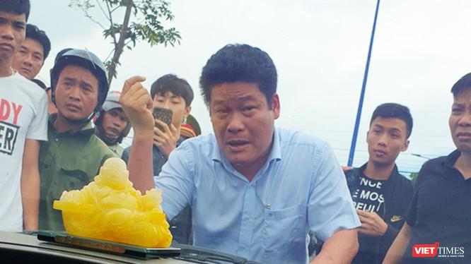 Ông Nguyễn Tấn Lương (36 tuổi, ngụ TP.Biên Hòa, tỉnh Đồng Nai) vừa bị khởi tố, bắt tạm giam để điều tra về hành vi Gây rối trật tự công cộng.