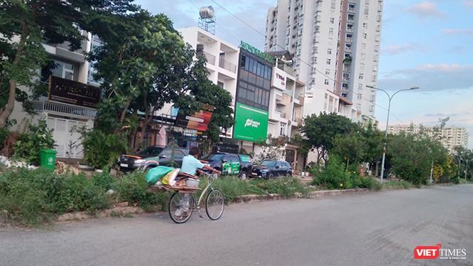 """Cuộc sống ở """"vùng xanh"""" thuộc phường An Phú (Khu vực 1 (Q.2 cũ), TP. Thủ Đức, TP.HCM) im lìm đã nhiều tháng nay. Ảnh: GVT."""
