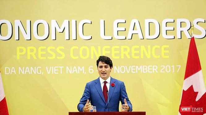 Thủ tướng Canada Justin Trudeau với phong thái trẻ trung, dễ mến.