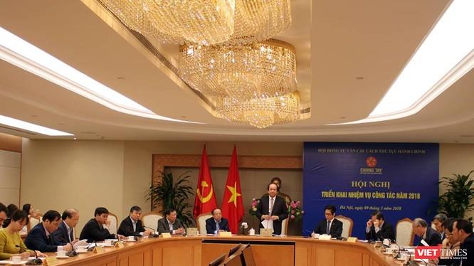 Hội nghị triển khai nhiệm vụ của Hội đồng tư vấn cải cách thủ tục hành chính ngày 9-3.