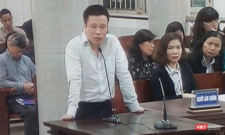 Ông Hà Văn Thắm tại phiên toàn xét xử vụ PVN đầu tư vào OceanBank gây thiệt hại 800 tỷ đồng