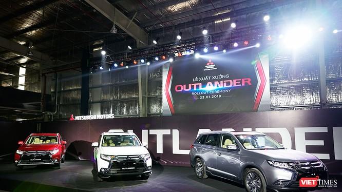 Mitsubishi Outlander lắp ráp đã có mức giá dễ chịu hơn rất nhiều so với việc nhập khẩu nguyên chiếc từ Nhật Bản