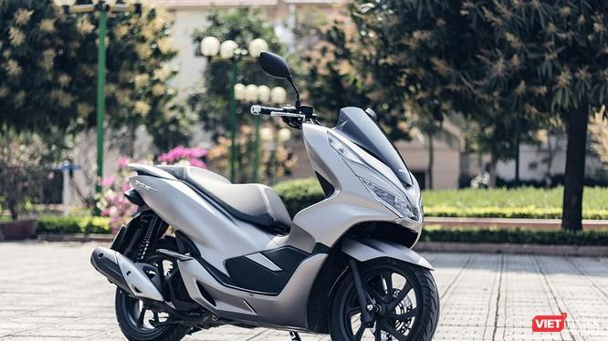 Sự hiện đại, thiết kế hài hòa là điểm cộng trên Honda PCX 2018
