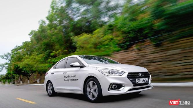 Mặc dù vấp phải đối thủ rất mạnh là Toyota Vios nhưng Hyundai Accent vẫn đạt được doanh số bán hàng khả quan trong tháng 10/2018 (Ảnh: Ngô Minh)