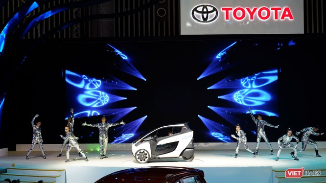 i-ROAD concept hứa hẹn sẽ là một phương tiện di chuyển đô thị của tương lai (Ảnh: Ngô Minh)
