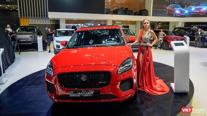 Jaguar E-PACE sẽ nhắm tới các khách hàng muốn sở hữu một chiếc SUV cao cấp nhưng nhỏ gọn, linh hoạt và mạnh mẽ. (Ảnh: Ngô Minh)