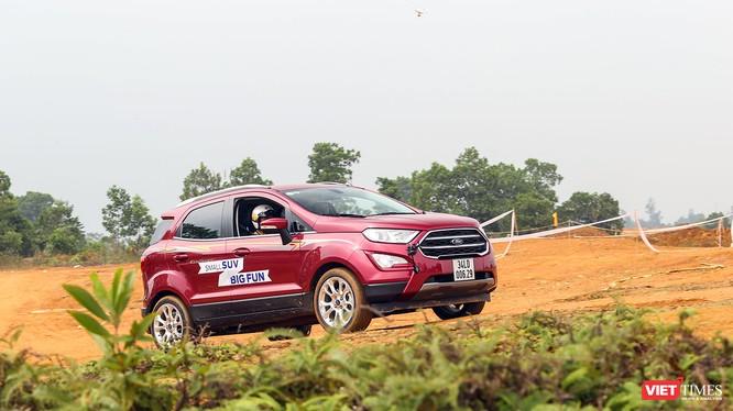 Ford EcoSport được thừa hưởng những điểm mạnh trong thiết kế của các dòng xe thể thao đa dụng đích thực của Ford.
