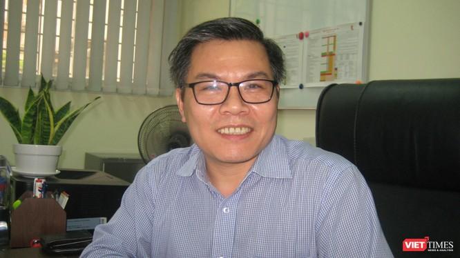 TS Nguyễn Việt Khoa - Viện trưởng Viện Ngoại ngữ, Đại học Bách khoa Hà Nội.