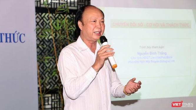ông Nguyễn Đình Thắng - Phó Chủ tịch VDCA trình bày tham luận về Chuyển đổi số