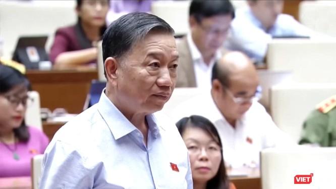 ông Tô Lâm, Bộ trưởng Bộ Công an phát biểu tại kỳ họp thứ 8 Quốc hội khóa XIV