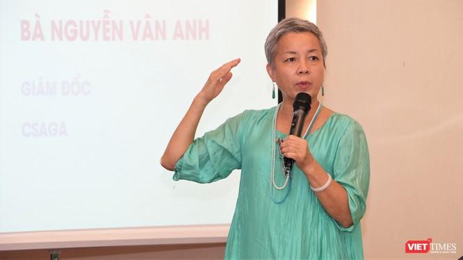 Bà Nguyễn Vân Anh, Giám đốc CSAGA chia sẻ kinh nghiệm tại Hội thảo (ảnh: Đăng Khoa)