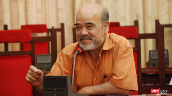"""GS Đặng Hùng Võ: """"Cuộc sống luôn biến đổi, không chờ pháp luật"""""""