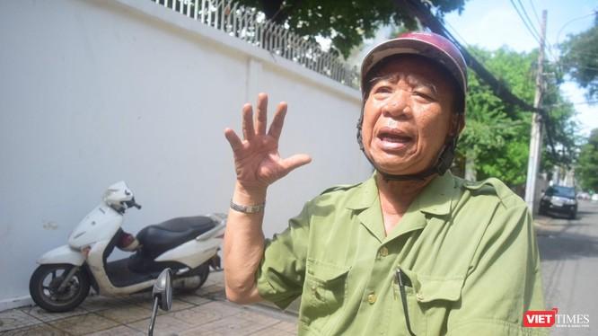 Ông Phạm Văn Dong, bí thư chi bộ khu phố - tổ trưởng tổ dân phố 56, Khu phố 5, phường 7, quận 3