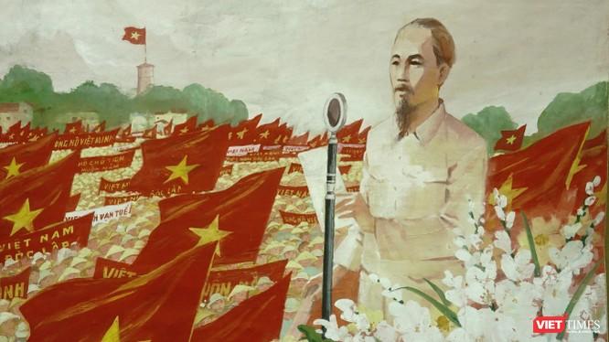 """Tranh """"Bác Hồ đọc tuyên ngôn độc lập"""" của Nguyễn Dương"""