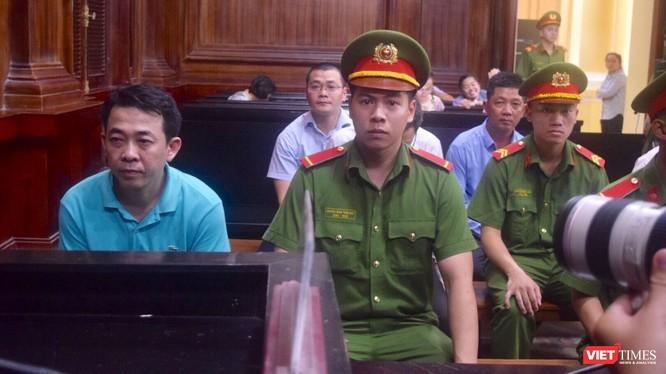 Bị cáo Nguyễn Minh Hùng - nguyên Chủ tịch HĐQT, TGĐ Công ty VN Pharma - tại phiên xử ngày 26/9