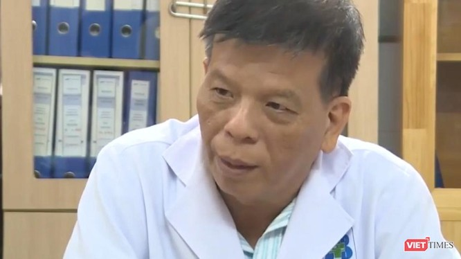 BS CKII Trần Nguyên Hà – Trưởng Khoa Nội 4 (Bệnh viện Ung Bướu TP.HCM) trao đổi về nguy cơ vô sinh trong quá trình điều trị ung thư