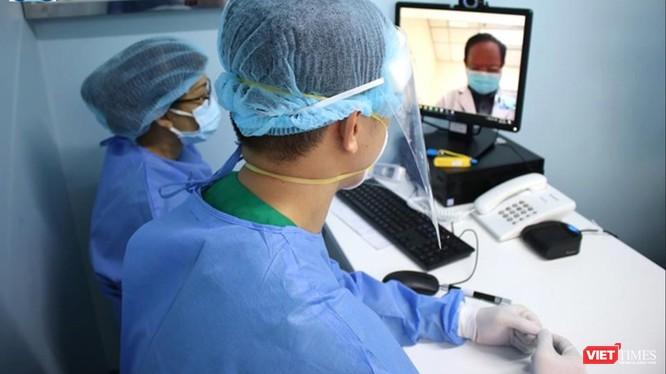 Hội chẩn trực tuyến giữa các BS chuyên khoa tại Bệnh viện ĐH Y Dược TP.HCM