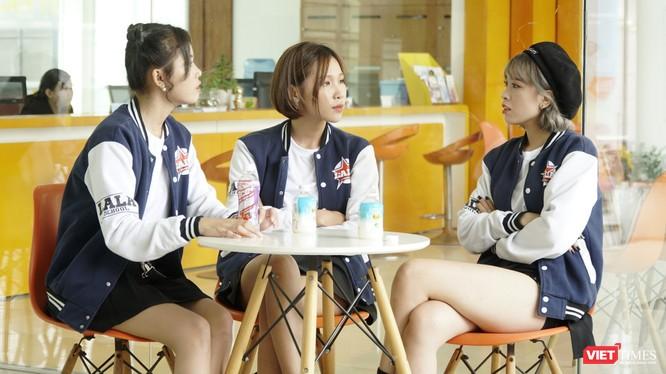 """O2O Girl Band, hội con gái nuôi của Quyền Linh 'lấn sân' diễn xuất, đóng phim đề tài học đường season 5, """"Lala School - Đường đua idol thế hệ Z"""" gồm 40 tập (Ảnh: NVCC)"""