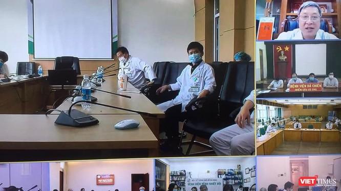 Tiểu ban Điều trị, Hội đồng chuyên môn các bệnh truyền nhiễm đã hội chẩn gấp tìm cách cứu bệnh nhân 91 phi công người Anh (Ảnh: BV BNĐ TP.HCM)