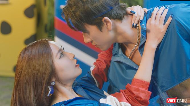 """Lộ diện hot boy BigDaddy sẽ đứng chung với Bích Phương, """"nữ hoàng đu đưa"""" trong MV mới (Ảnh: NVCC)"""