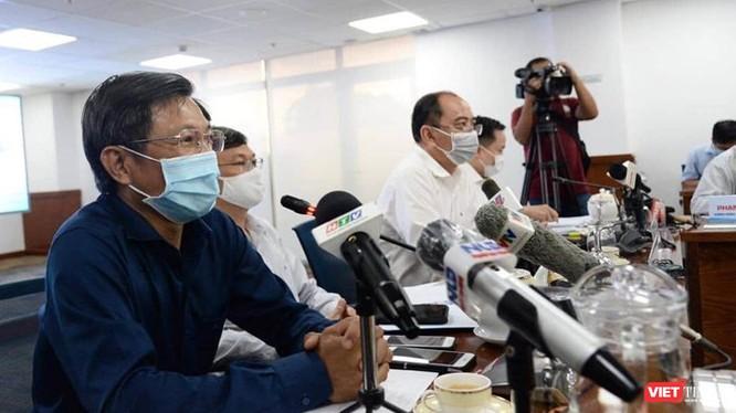 BS Nguyễn Trí Dũng, Giám đốc HDCD khẳng định thông tin BN450 trốn viện không chính xác. Ảnh: Đình Nguyên