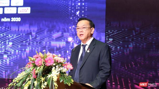 GS.TS Nguyễn Đông Phong - Chủ tịch Hội đồng Trường Đại học Kinh tế TP.HCM phát biểu tại phiên khai mạc TECHFEST Đông Nam Bộ (Ảnh: HB)