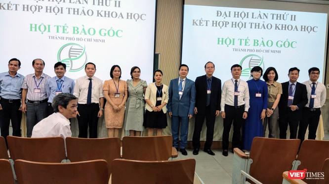 Ra mắt Ban chấp hành mới (nhiệm kỳ 2020-2025) Hội Tế bào gốc TP.HCM (Ảnh: Hoà Bình)
