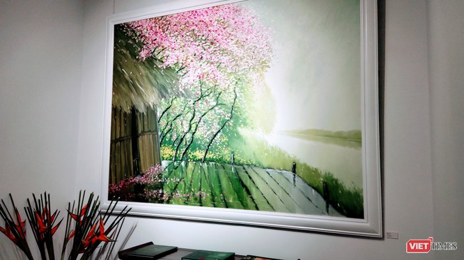 """Triển lãm """"Miền sương khói"""" của hoạ sĩ Lê Thanh Sơn kéo dài từ ngày 20/12/2020 đến hết ngày 10/1/2021 (Ảnh: Hoà Bình)"""