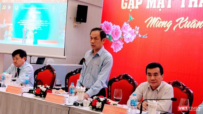 Ông Huỳnh Văn Bảo - Tổng Giám đốc Tập đoàn Công nghiệp Cao su Việt Nam phát biểu tại cuộc gặp mặt báo chí sáng ngày 7/1 (Ảnh: Hoà Bình)