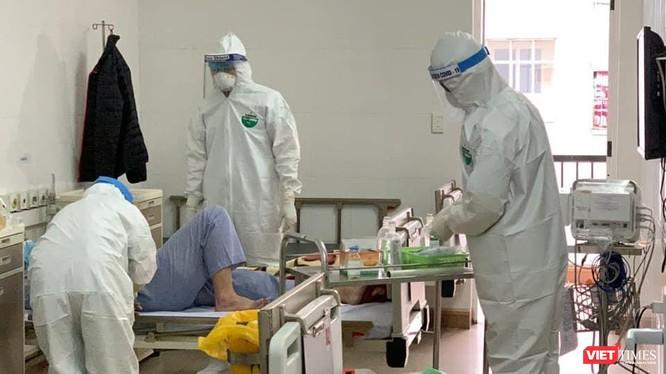 Khu vực cách ly, điều trị bệnh nhân COVID-19 tại BV Dã chiến Hải Dương (Ảnh: BYT)