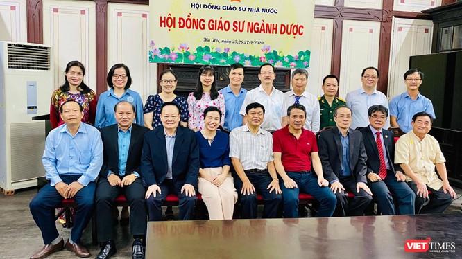 GS Nguyễn Đức Tuấn trong Hội đồng Giáo sư ngành Dược (Ảnh: NVCC)