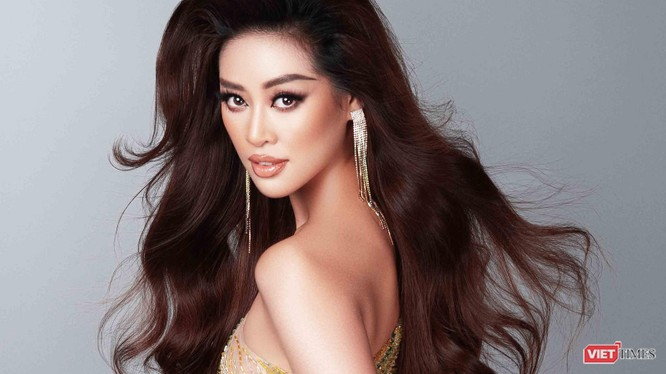 Hoa hậu Khánh Vân - đại diện Việt Nam tươi mới trong những bộ ảnh khoe dáng nõn nà trước thềm bán kết Miss Universe - Ảnh: Milor Trần