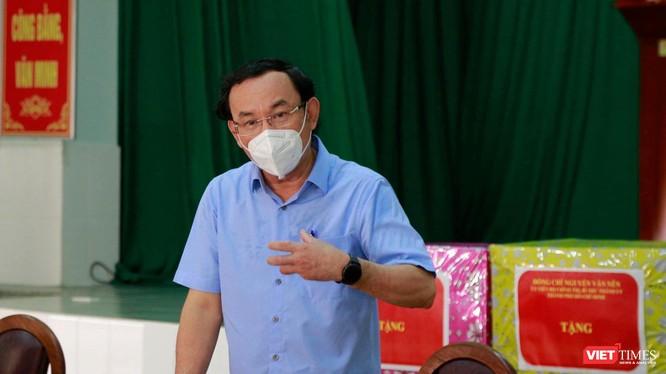 Bí thư Thành ủy TP.HCM Nguyễn Văn Nên khẳng định, tất cả những thầy thuốc đến đây để giúp TP.HCM đều là ân nhân