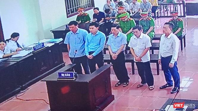 Hình ảnh các bị cáo tại phiên phúc thẩm sáng 12/6.