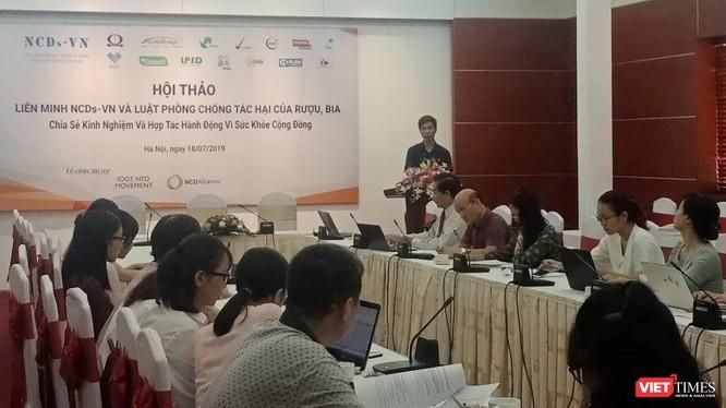 buổi Hội thảo về đánh giá kết quả vận động, chống tác hại của rượu bia tổ chức tại Hà Nội sáng 18/7.