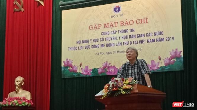 PGS.TS. Phạm Vũ Khánh - Cục trưởng Cục Quản lý Y dược cổ truyền, Bộ Y tế phát biểu trong buổi họp báo.