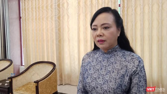 Bộ trưởng Bộ Y tế Nguyễn Thị Kim Tiến trả lời phỏng vấn báo chí sáng 20/9.