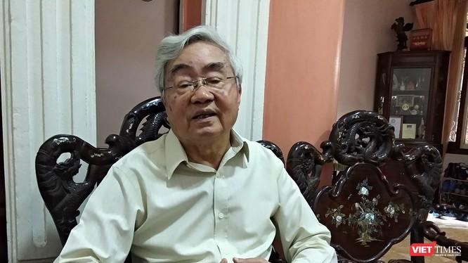 GS. VS. Phạm Minh Hạc -- Nguyên Bộ trưởng Bộ Giáo dục.