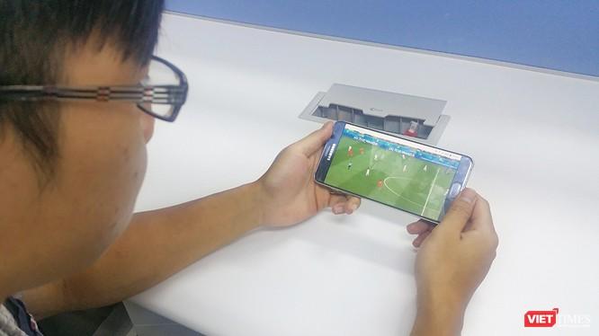 Khi đăng ký các gói H5 hoặc H10, thuê bao di động VinaPhone có lần lượt 2GB hoặc 5GB dung lượng tốc độ cao.