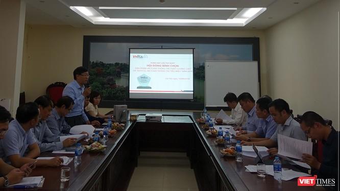 """Phiên họp lần thứ nhất của Hội đồng bình chọn """"Sản phẩm an toàn thông tin chất lượng cao"""" và """"Dịch vụ an toàn thông tin tiêu biểu"""" năm 2018 đã được tổ chức tại Hà Nội."""