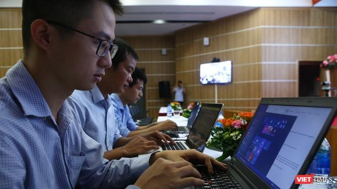 theo Trung tâm VNCERT, hiện nay hàng ngày có khoảng gần 100.000 địa chỉ IP của Việt Nam truy vấn hoặc kết nối đến các mạng máy tính ma.