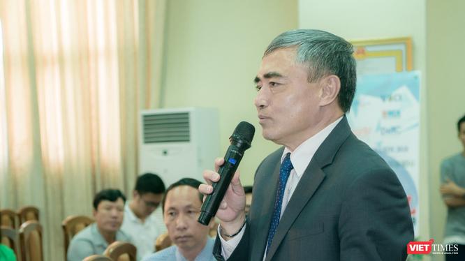 """Chủ tịch Hội Truyền thông số Việt Nam: """"cách mạng công nghiệp lần thứ tư, mà nền tảng phát triển là Công nghệ số đang hình thành xu hướng chuyển đổi số ở mọi lĩnh vực""""."""